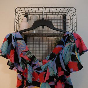 V Neck Ruffle Floral Printed Jumpsuit Size Medium